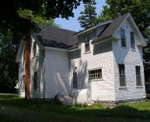 Rear elevation with profile of south elevation, Lavers House, Chester, Nova Scotia, 2007.; Heritage Division, Nova Scotia Department of Tourism, Culture and Heritage, 2007.