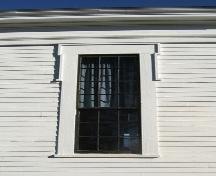 Detail of window on side elevation, Warren Baptist Church, Hastings, NS, 2009.; Heritage Division, NS Dept of Tourism, Culture and Heritage, 2009