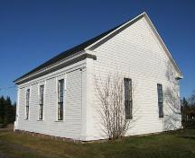 Side and rear elevations, Warren Baptist Church, Hastings, NS, 2009.; Heritage Division, NS Dept of Tourism, Culture and Heritage, 2009