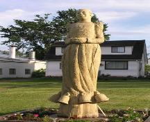 Zion Baptist Church, Truro, tree sculpture of Portia White, 2004; Heritage Division, NS Dept. of Tourism, Culture and Heritage, 2004