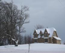 Showing context of house in winter; Donna Collings, 2008