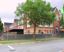 Exterior view of Laura Secord Elementary School; City of Vancouver, 2007