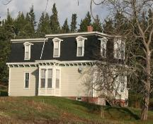 West elevation of the Dewis House, Advocate Harbour, NS, 2009.; Heritage Division, NS Dept of Tourism, Culture and Heritage, 2009