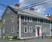 Solomon House, Old Town Lunenburg, south and west façades, 2004; Heritage Division, Nova Scotia Department of Tourism, Culture & Heritage, 2004