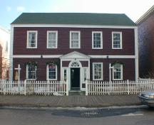 Front elevation, Adams-Ritchie House, Annapolis Royal, Nova Scotia, 2005.; Heritage Division, NS Dept. of Tourism, Culture and Heritage, 2005.