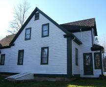 Southeast elevation, Davison-Kennedy House, Wallace Bay, NS, 2009.; Heritage Division, NS Dept of Tourism, Culture and Heritage, 2009