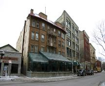 Contextual view, from the southeast, of the Royal Albert Arms Hotel, Winnipeg, 2006; Historic Resources Branch, Manitoba Culture, Heritage, Tourism and Sport, 2006