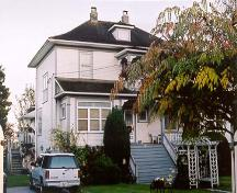Exterior view of the Goldie Harris House, 2000; City of Richmond, 2000
