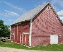 Front and side elevations of barn, Rafuse Hennigar Home, Chester Grant, Nova Scotia, 2008.; Heritage Division, Nova Scotia Department of Tourism, Culture and Heritage, 2008.
