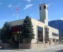 Exterior view of Revelstoke City Hall, 2004; City of Revelstoke, 2004