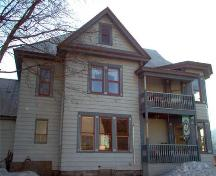 Exterior view of the McCarty House, 2004; City of Revelstoke, 2004