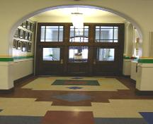 Main hallway in Principal Sparling School, Winnipeg, 2006; Historic Resources Branch, Manitoba Culture, Heritage, Tourism and Sport, 2006