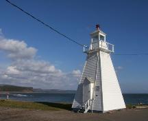 Landscape view, Spencer's Island Lighthouse, Spencer's Island, NS, 2009.; Heritage Division, NS Dept of Tourism, Culture and Heritage, 2009
