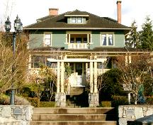 Exterior view of the McNair Residence, 2004; City of North Vancouver, 2004
