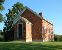 Front and side of the Gypsum Mines School; County of Haldimand, 2007.