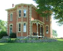 Front and side of the Gibson-Alderson House; County of Haldimand, 2007.