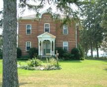Front of the Edmondson-Weaver House; County of Haldimand, 2007.