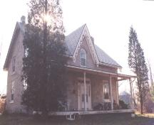 Front and side of the Murray-Walton House; Haldimand County 2007