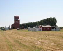 Alberta Wheat Pool Grain Elevator and Bow Slope Stockyard, Scandia; Alberta Culture and Community Spirit, Historic Resources Management Branch