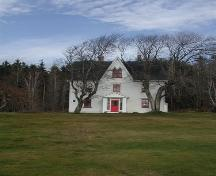 Front view, Campbell-Rose House, Strathlorne, Nova Scotia, 2002.; Inverness County Heritage Advisory Committe, 2002.