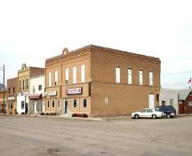 Contextual view, from the southeast, of the Fowler Block, Baldur, 2005; Historic Resources Branch, Manitoba Culture, Heritage, Tourism and Sport, 2005