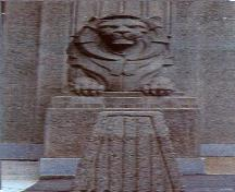 Detail view of the Lions Gate Bridge, showing one of its two concrete Art Deco lion sculptures by Vancouver sculptor Charles Marega, 2003.; Parks Canada Agency / Agence Parcs Canada, Judith Dufresne, 2003.