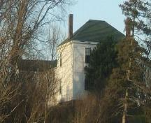 Side elevation, A.T. Seaman House, Minudie, NS, 2009.; Heritage Division, NS Dept of Tourism, Culture and Heritage, 2009