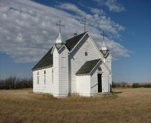 View of church looking northwest, 2008.; Government of Saskatchewan, Marvin Thomas, 2008.
