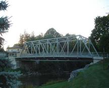 Featured is the single-span Pratt truss Hartman Bridge.; Kendra Green, 2007.