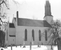 Side elevation of the church, showing the Georgian design.; Parks Canada Agency / Agence Parcs Canada.
