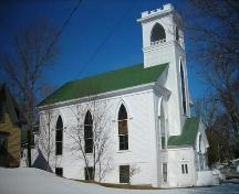 Side elevation with tower, Trinity United Church, Mahone Bay, 2009.; Heritage Division, NS Dept.of Tourism, Culture and Heritage, 2009