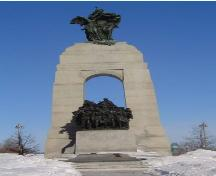 General view of the National War Memorial, 2005.; Agence Parcs Canada / Parks Canada Agency, Meryl Oliver, 2005.