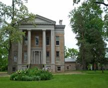 Exterior view of Ruthven Park, showing the Greek Revival style villa, 2003.; Parks Canada Agency / Agence Parcs Canada, 2003.