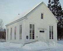 Front and side elevations, St. Andrew's Church, Baddeck Forks, NS, 2009.; Dept. of Tourism, Culture and Heritage, Province of Nova Scotia, 2009