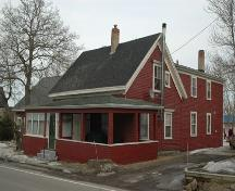 Side profile of the King House, Annapolis Royal, Nova Scotia, 2009.; Nova Scotia Department of Tourism, Culture and Heritage, Heritage Division, 2009