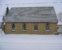 Front exterior view of the Knox Presbyterian Church.; Government of Saskatchewan, Jay Kasperski, 2003.