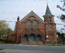 Front elevation, Fort Massey United Church, Halifax, Nova Scotia, 2004.; Heritage Division, NS Dept. of Tourism, Culture and Heritage, 2004