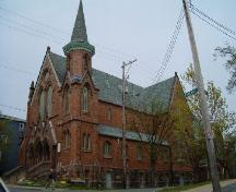 Front and south elevations, Fort Massey United Church, Halifax, Nova Scotia, 2004.; Heritage Division, NS Dept. of Tourism, Culture and Heritage, 2004