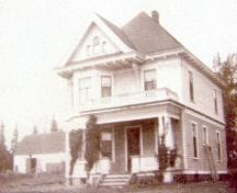 Archive image of house, 1919; Maurice Tugwell Collection