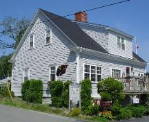 Selig House, Old Town Lunenburg, rear façade, 2004; Heritage Division, NS Dept. of Tourism, Culture and Heritage, 2004