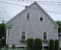 Selig House, Old Town Lunenburg, south façade, 2004; Heritage Division, NS Dept. of Tourism, Culture and Heritage, 2004