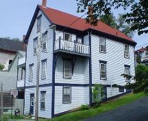 East and south façades, McLachlan House, Lunenburg, NS, 2004.; Heritage Division, Province of Nova Scotia, 2004