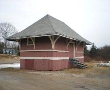 Freight shed, Chester Train Station, Chester, Nova Scotia, 2007.; Heritage Division, Nova Scotia Department of Tourism, Culture and Heritage, 2007
