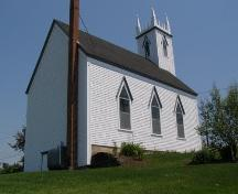 Rear elevation with profile of Highway 3 elevation, St. Peter's Lutheran Church, Chester, Nova Scotia, 2007.; Heritage Division, Nova Scotia Department of Tourism, Culture and Heritage, 2007