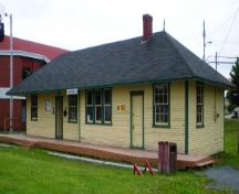 View of the front and right facades of Carbonear Railway Station Site, Carbonear, NL.; HFNL/Andrea O'Brien 2009