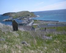 View looking towards The Downs of South Side Burial Ground, Ferryland, NL. Taken 2009. ; HFNL/Andrea O'Brien 2009