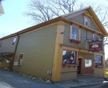 Front and east elevations, Charlotte Lane Café, Shelburne, Nova Scotia, 2007. ; Heritage Division, NS Dept of Tourism, Culture and Heritage, 2007