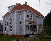Southeast perspective of the Lindsay Gardner House, Yarmouth, NS, 2006.; Heritage Division, NS Dept. of Tourism, Culture and Heritage, 2006