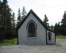 Rear elevation, St. John Evangelist Anglican Church, Bell Island, LaHave Islands, Lunenburg County, Nova Scotia, 2006.; Heritage Division, Nova Scotia Department of Tourism, Culture and Heritage, 2006