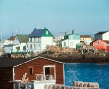Exterior view of part of the Tilting Registered Heritage District, Tilting, Fogo Island, NL.; HFNL/Robert Mellin 2005